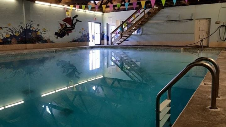 Pool Maintenance and Deck Cleaning Middletown, NJ