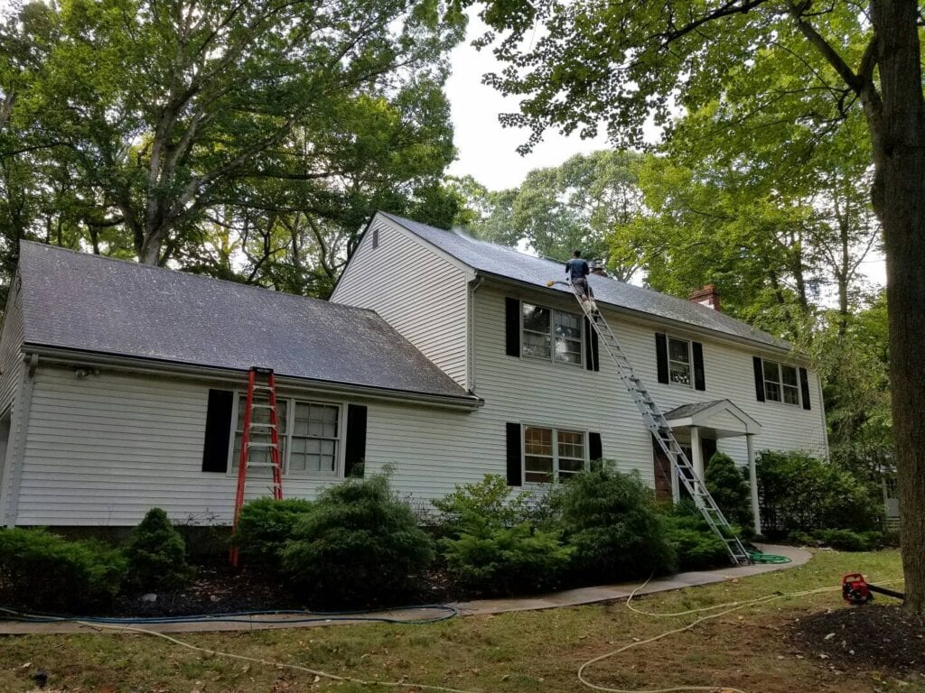 Gutter Cleaning & Roof Cleaning Middletown NJ