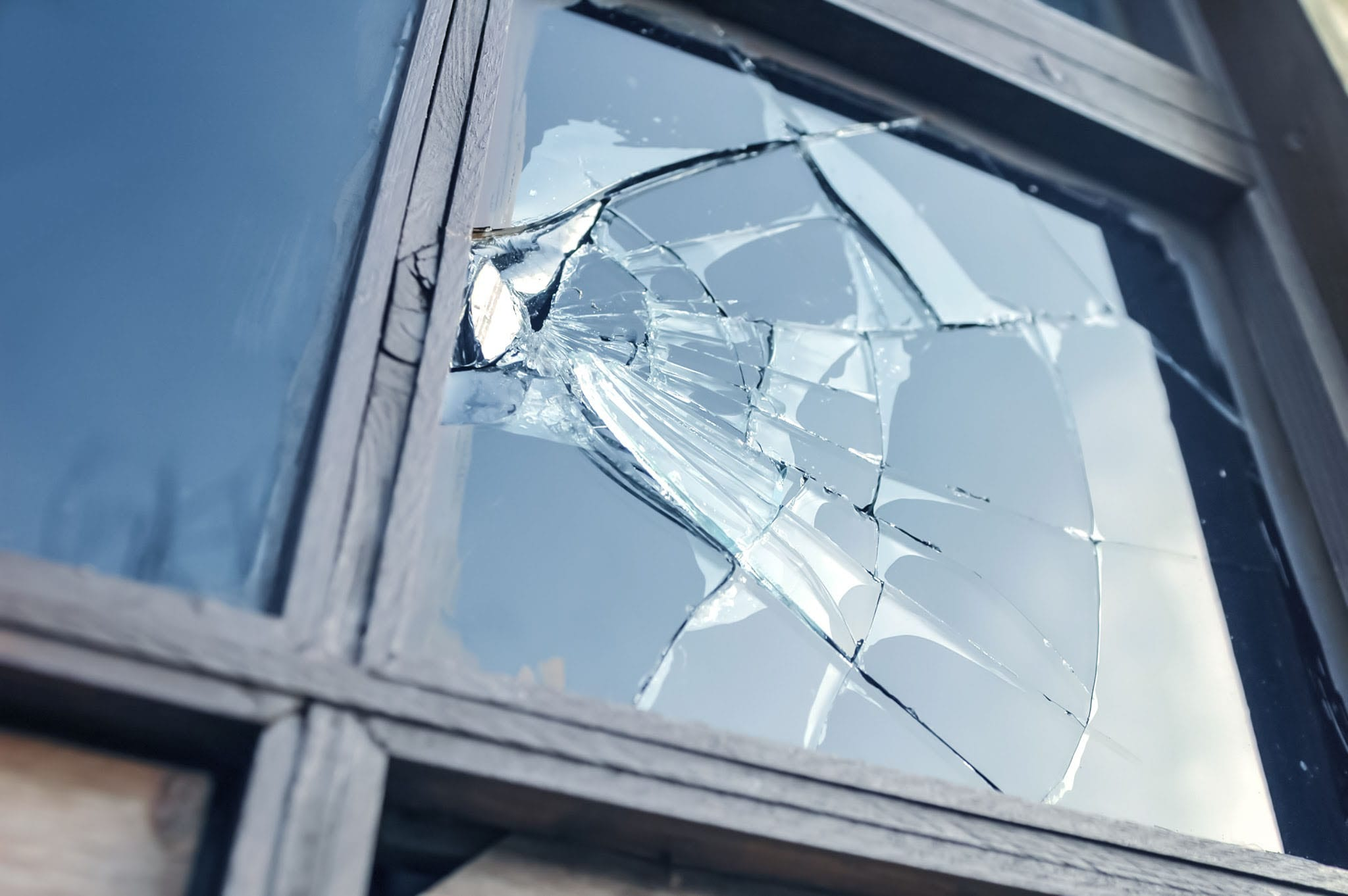 Broken Home Window Glass Replacement Melbourne FL